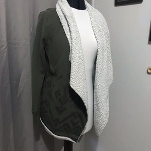 Mossimo Supply Co. woman's sweater cardigan!